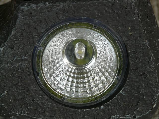 malá žárovka