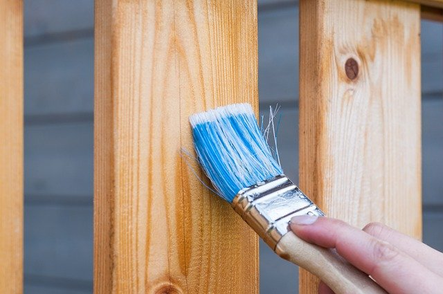 natírání dřeva