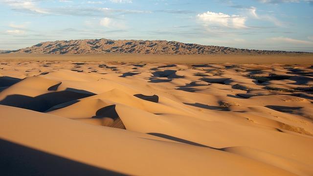 slunečná poušť