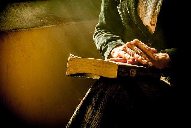 Knihy ovládají svět
