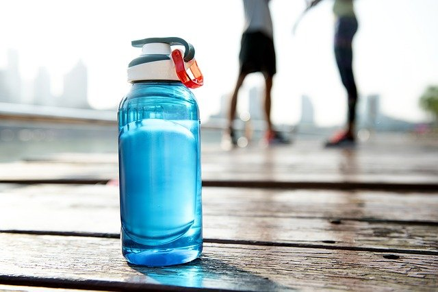 plastová flaška